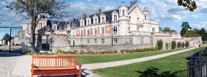 le château gévelot du parc du Prieuré