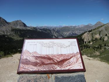 Table d'orientation depuis le Col de l'Izoard