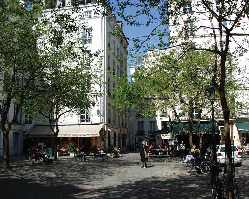 Quartiere del marais turismo parigi viamichelin for Hotel zona marais parigi