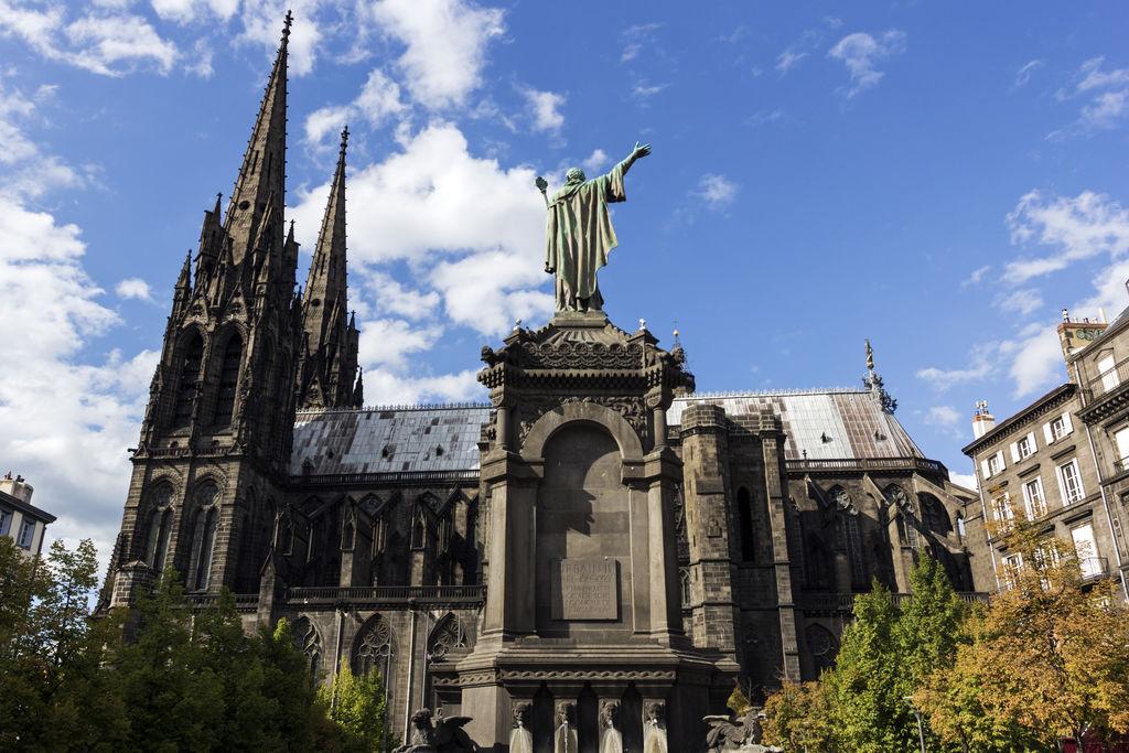 Place de la victoire turismo clermont ferrand viamichelin - Chambre de commerce de clermont ferrand ...