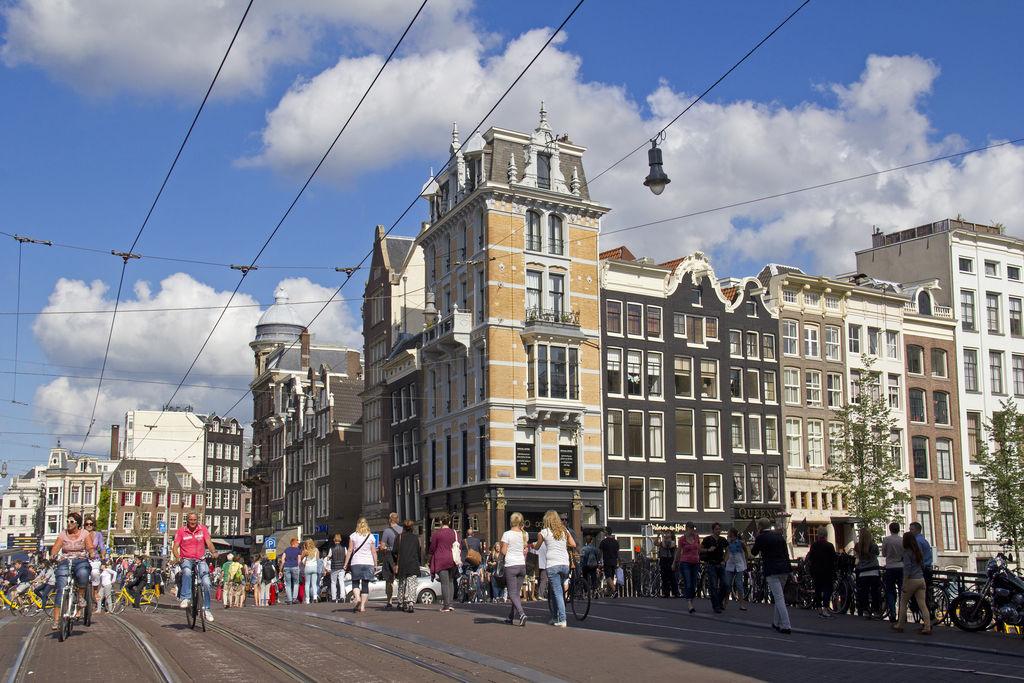 Leidsestraat turismo msterdam viamichelin for Hoteles en el centro de amsterdam