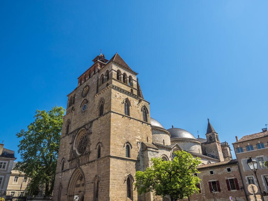 Cath drale saint tienne de cahors tourisme cahors viamichelin - Cathedrale saint etienne de cahors ...