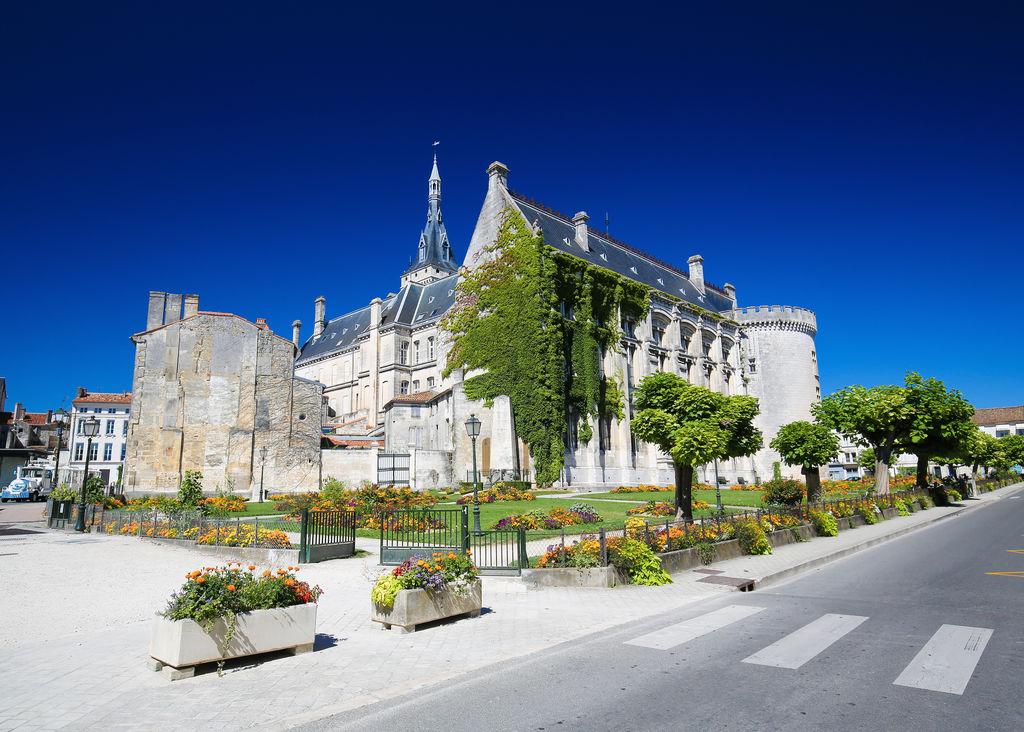 Hotel St Simon Paris