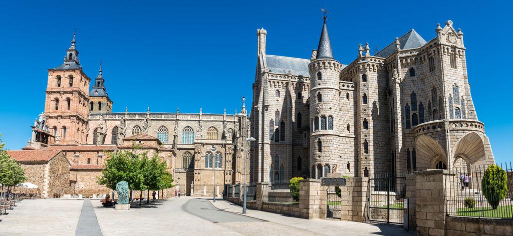 Bischofspalast von astorga tourismus astorga viamichelin for Comedores castilla y leon