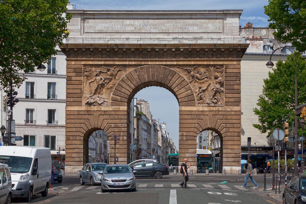 Porte saint martin tourismus paris viamichelin - Restaurant boulevard saint martin ...