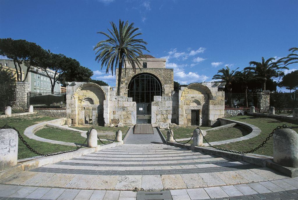 Basilica di san saturno o saturnino turismo cagliari for Orari apertura bricoman cagliari