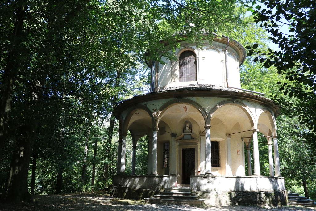 Sacro monte d 39 orta turismo gozzano viamichelin - Giulio iacchetti interno italiano ...