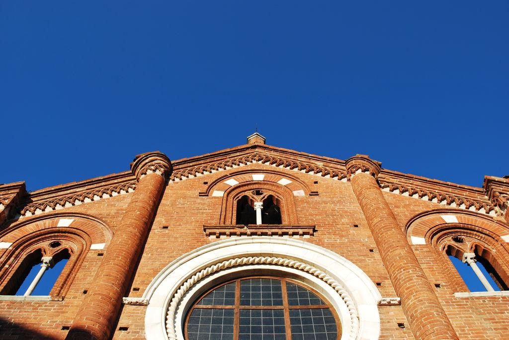 Abbazia di viboldone turismo san donato milanese viamichelin - Finestre e finestre besozzo ...