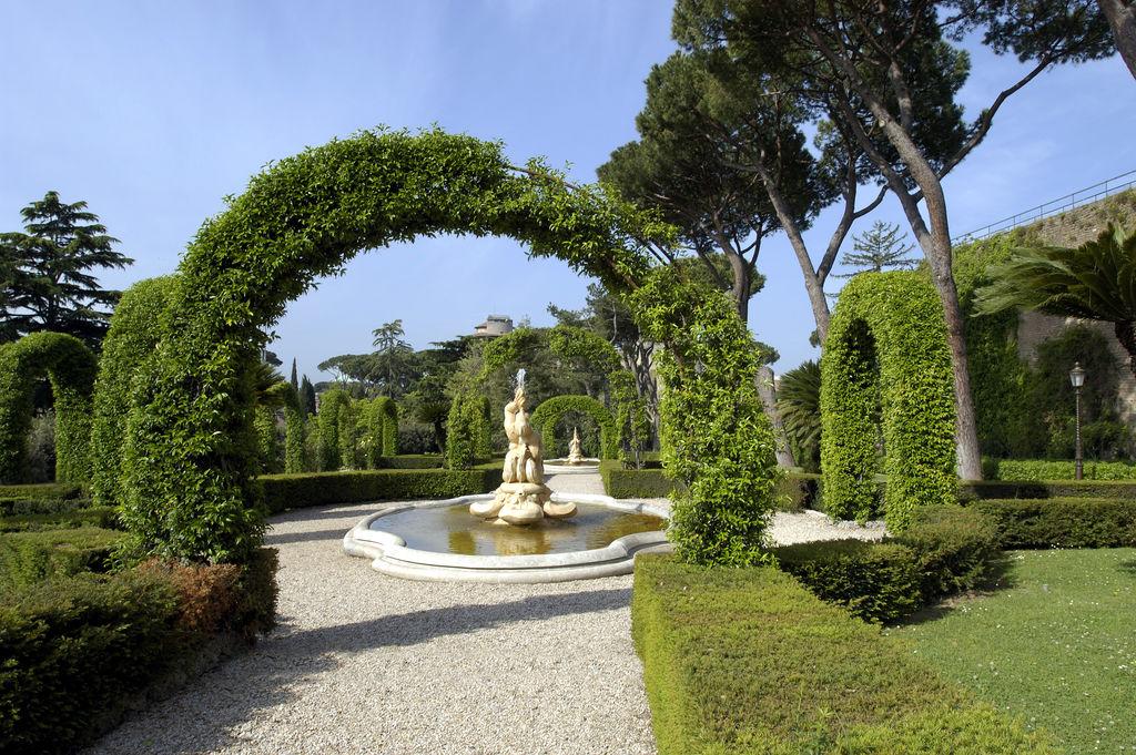 Jardines del vaticano turismo roma viamichelin for Jardines vaticanos