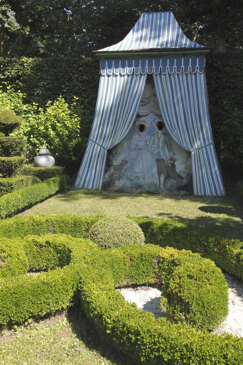 Jard n acu tico sorpresa y jard n privado del castillo for Jardin acuatico