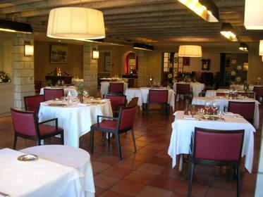 Restaurant du fronton itxassou a michelin guide restaurant for Restaurant itxassou