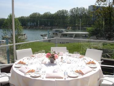 nike shox running - Asni��res-sur-Seine Michelin Restaurants - the Michelin Guide ...