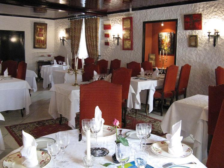 l 201 cho et l abbaye craponne sur arzon a michelin guide restaurant
