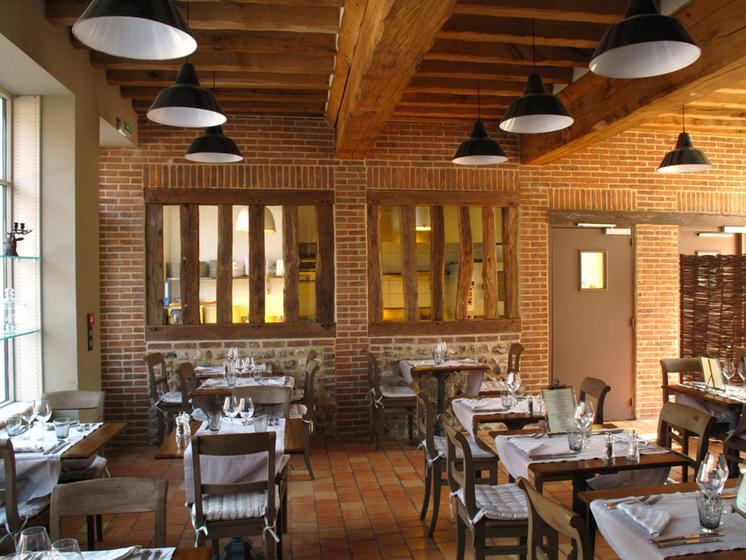 Restaurant Le Bistrot Du Grand Cerf Lyons La Foret