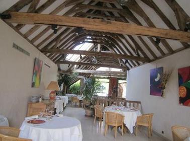 Auberge du xiie si cle artannes sur indre a michelin guide restaurant - Restaurant cote cour azay le rideau ...