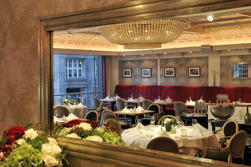 brasserie 1806 d sseldorf guide michelin. Black Bedroom Furniture Sets. Home Design Ideas