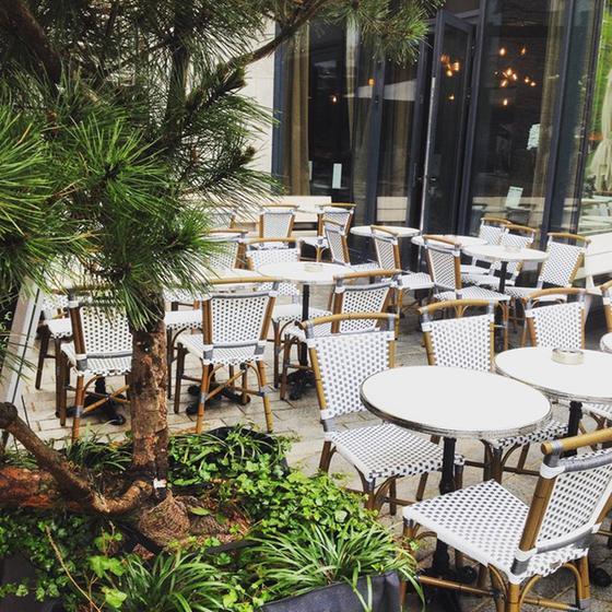 La terrasse seguin restaurant 24 cours de l 39 le seguin for Terrasse seguin