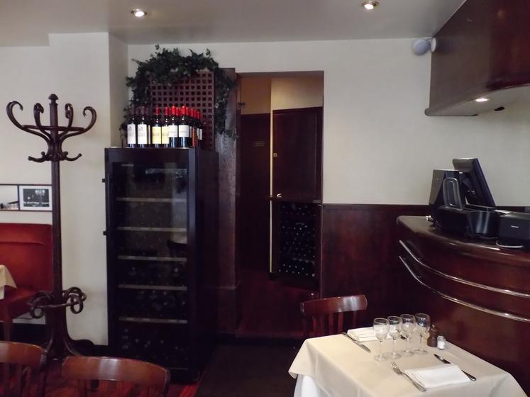 la maison du jardin parijs restaurant uit de michelin gids. Black Bedroom Furniture Sets. Home Design Ideas