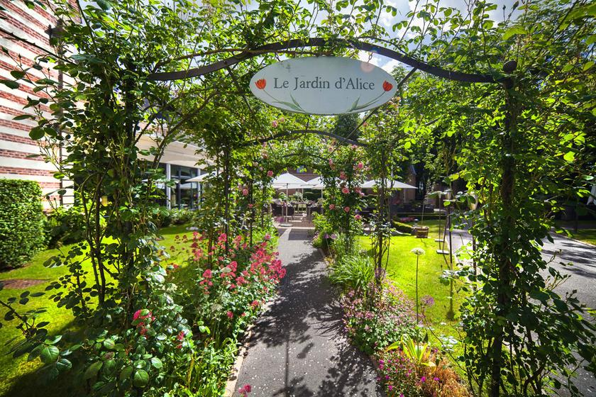 Le jardin d 39 alice lillers a michelin guide restaurant for Le jardin knokke michelin