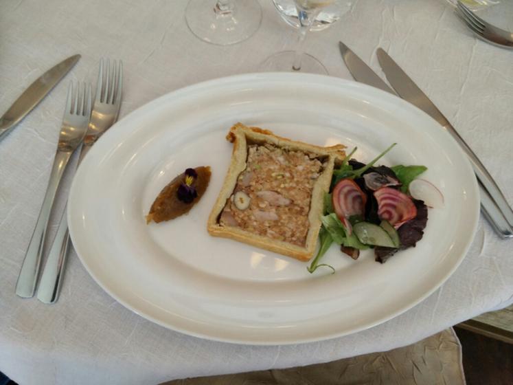 la table d antan sainte genevi 232 ve des bois restaurant uit de michelin gids