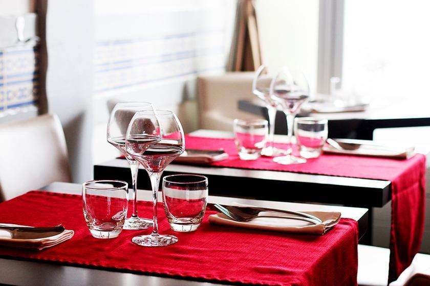 l 39 embarcad re un restaurant du guide michelin 64100 bayonne. Black Bedroom Furniture Sets. Home Design Ideas