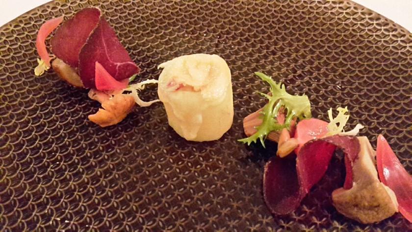 Chez meyer 39 s lauterbrunnen un restaurant du guide michelin for Cafe le jardin bell lane london
