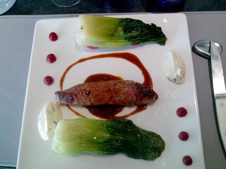 La cape cenon restaurant uit de michelin gids - Outs allee tuin ...
