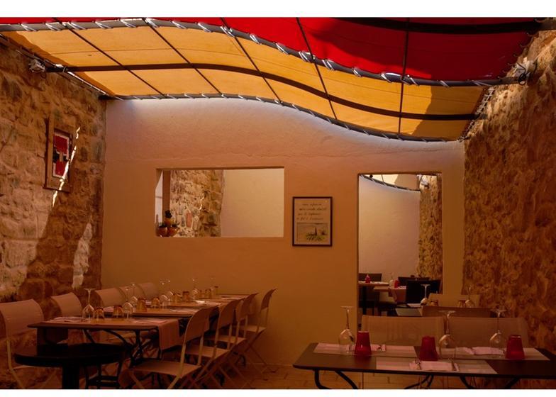 La table du ch teau bizanet restaurant uit de michelin - La table marseillaise chateau gombert ...