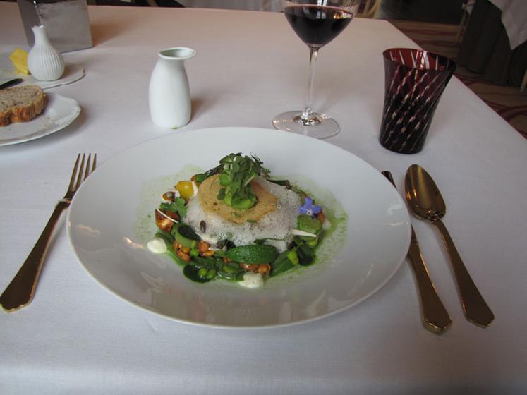 La table du conn table chantilly restaurant uit de - La table du connetable chantilly ...