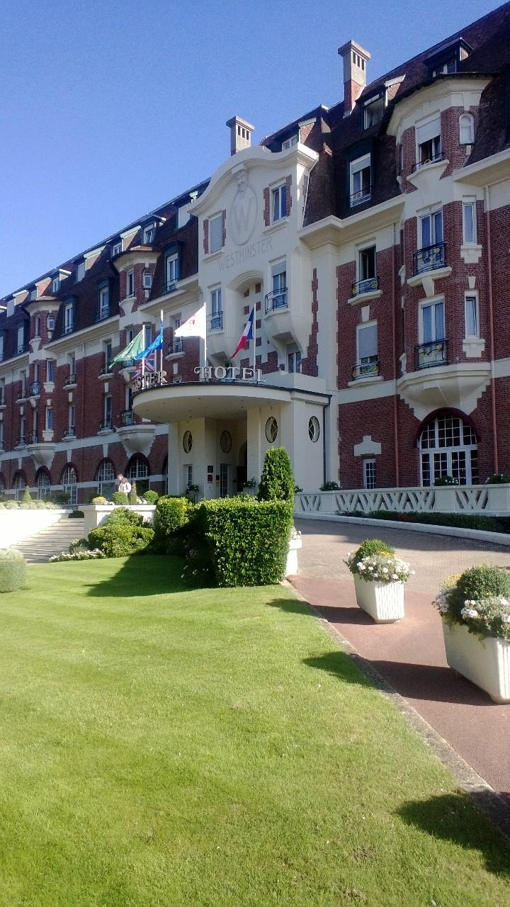 Best western le grand h tel le touquet paris plage for Reservation hotel gratuite paris