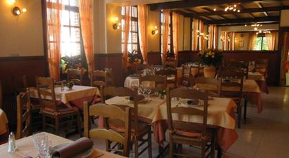 restaurants 59600 gognies chauss e michelin restaurants. Black Bedroom Furniture Sets. Home Design Ideas