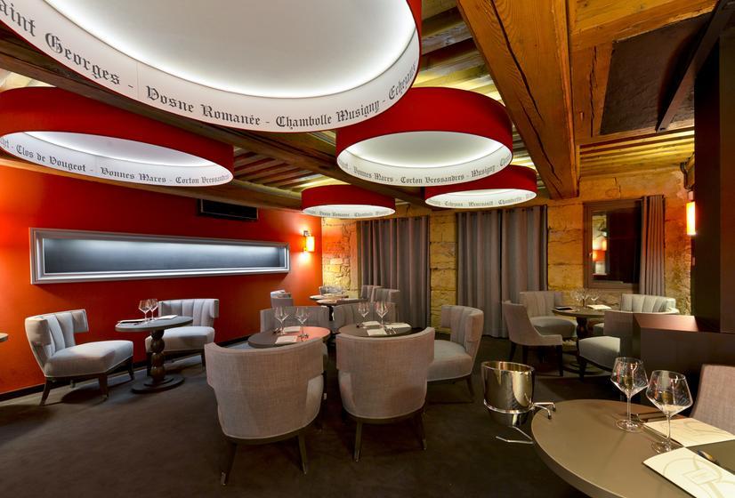 burgundy lounge restaurant gastronomique 69002 lyon. Black Bedroom Furniture Sets. Home Design Ideas