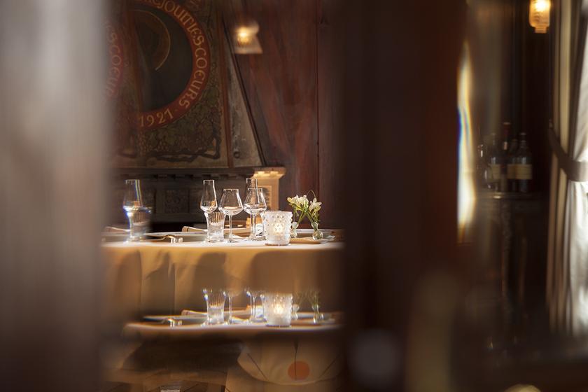 la fourchette des ducs restaurant 2 sterne michelin in 67210 obernai. Black Bedroom Furniture Sets. Home Design Ideas