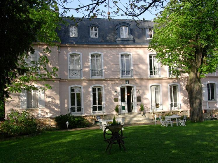 Restaurant Neauphle Le Chateau
