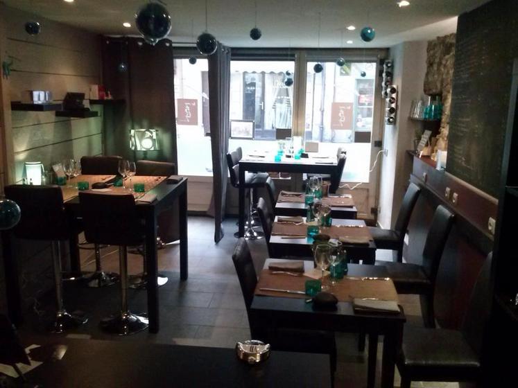 restaurant le 7367 restaurant cuisine moderne cr ative. Black Bedroom Furniture Sets. Home Design Ideas